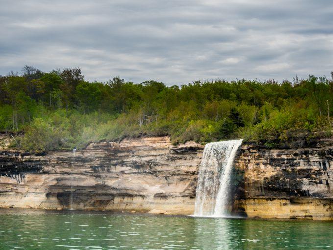 Spray Falls.